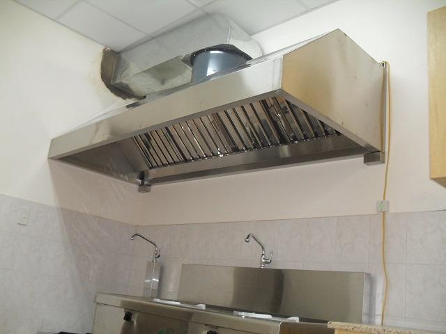 Chụp hút khói nhà bếp có chắn dầu