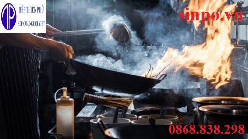 khói và mùi bếp nấu ăn